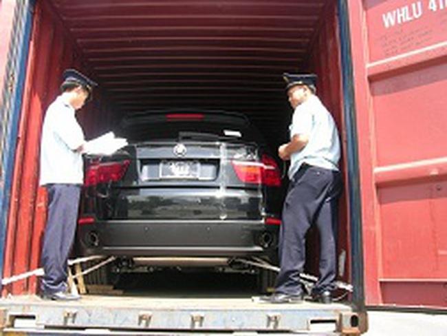 Xe của Việt kiều hồi hương sẽ phải nộp thuế giá trị gia tăng