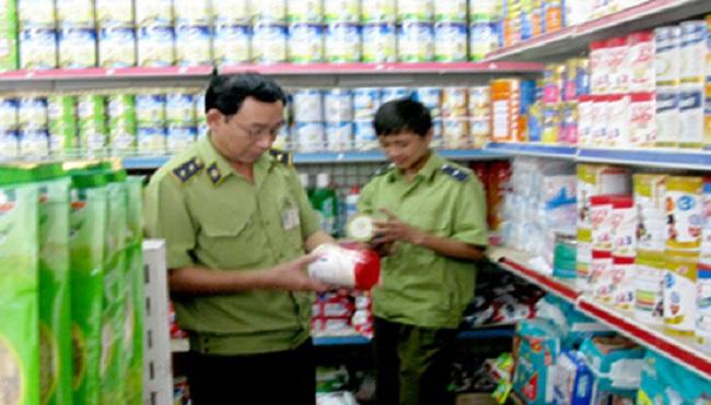 Hà Nội: Trộn thuốc tránh thai trong sữa bột cho trẻ