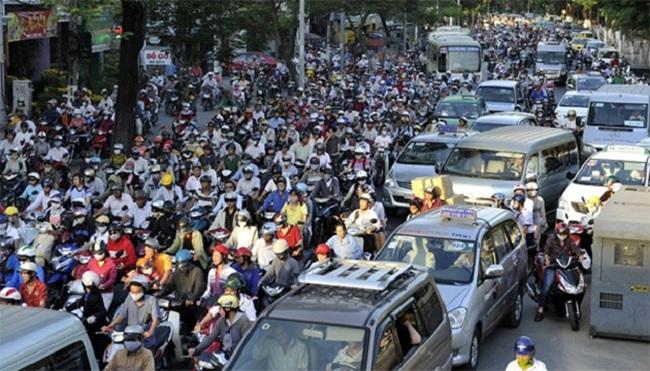 Bàn cấm xe máy: Rỗi buôn cho vui?