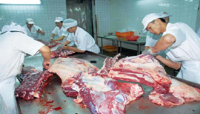 Người Việt ăn 2.000 tấn thịt đông lạnh/tuần