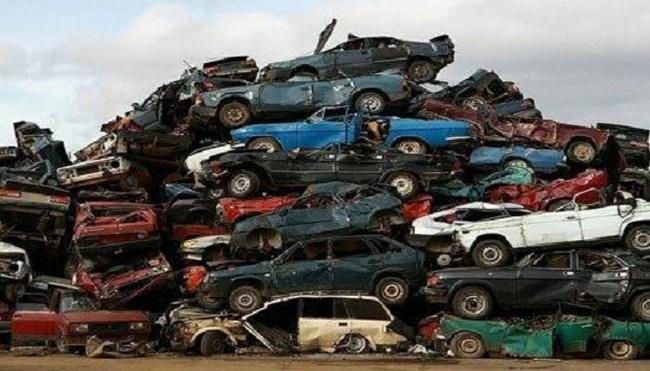 Sẽ cấm lưu hành gần 13.500 ô tô từ 1/1/2014?