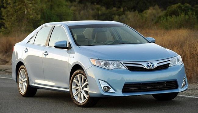 Toyota triệu hồi 11.000 xe lỗi