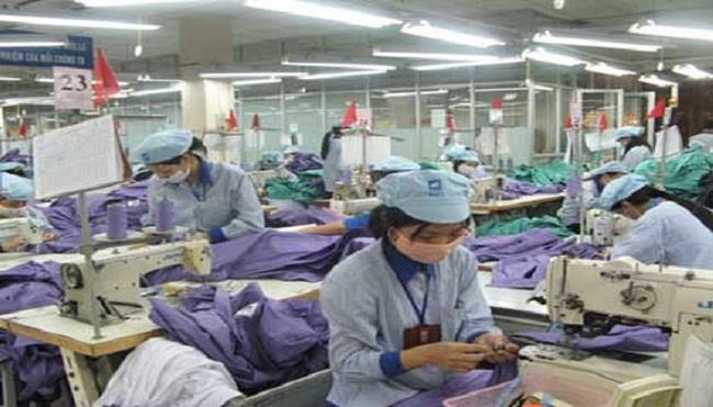 2013, Việt Nam lần đầu tiên xuất khẩu nguyên phụ liệu dệt may