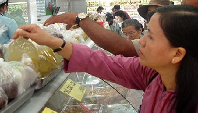 """Lo ngại chất lượng hàng trong siêu thị: Đánh đố với """"đát"""""""