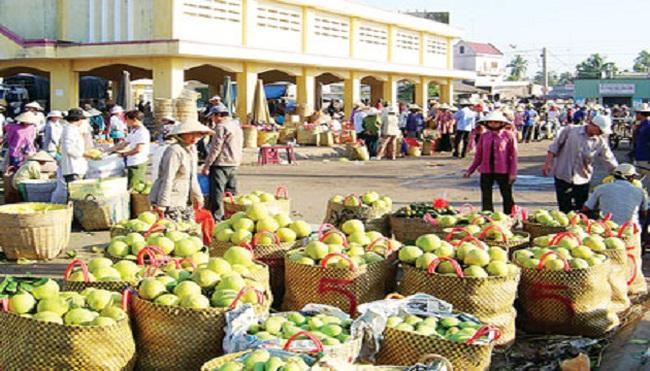 Giúp nông dân được mùa - được giá