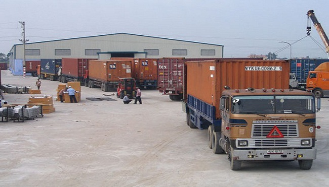Nhiều mặt hàng tăng giá do cước vận tải tăng