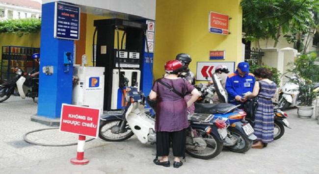 Điều hành thị trường xăng dầu: Nghị định mới, mối lo vẫn cũ?!