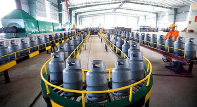 Giá gas tháng 10 tăng 4.000 đồng/bình 12kg