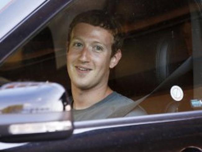 Facebook cần có 1 CEO mới?