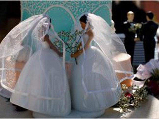 Hôn nhân đồng giới thúc đẩy kinh tế New York
