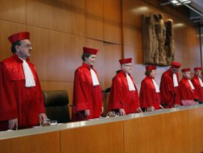 Tòa án Đức mở lối thoát cho các nước eurozone
