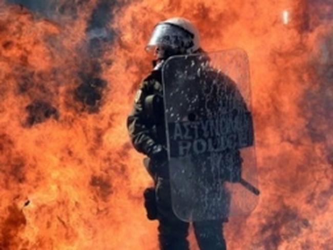 Tổng bãi công biến thành cuộc bạo loạn ở Hy Lạp