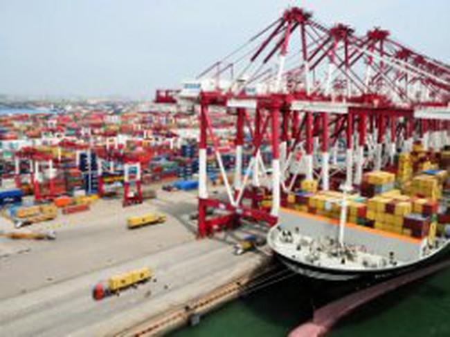 Trung Quốc : Chính trị cản đường kinh tế?
