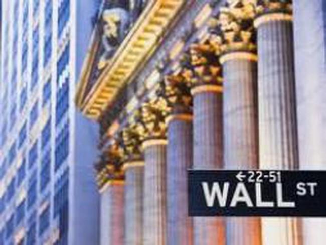 Chứng khoán Mỹ lao dốc sau báo cáo của IMF