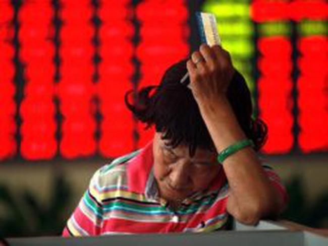 """Chứng khoán Trung Quốc: Dùng """"mỹ nhân kế"""" lôi kéo nhà đầu tư"""