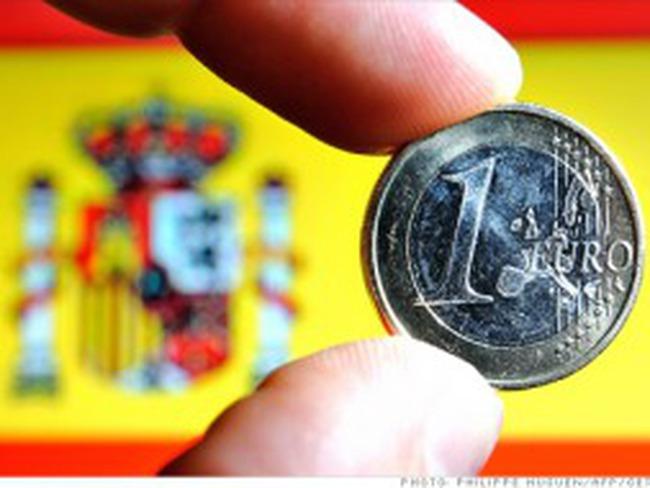 """S&P hạ xếp hạng tín nhiệm của Tây Ban Nha xuống gần mức """"rác"""""""