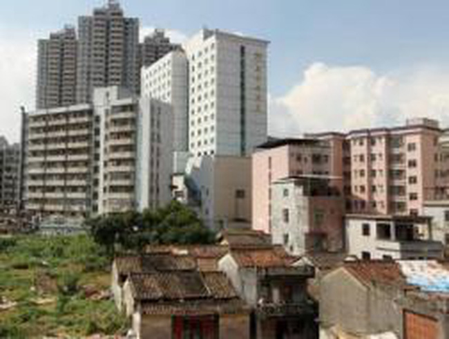 Trung Quốc: Thành phố công nghệ cao sắp phá sản