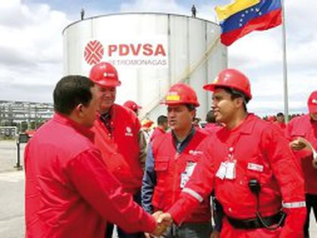 Hugo Chavez: Thách thức kinh tế