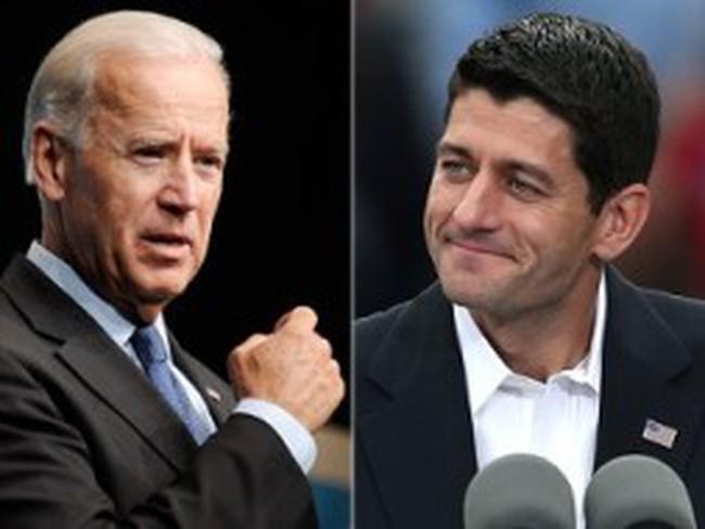 """Hai ứng viên phó tổng thống Mỹ """"đấu khẩu"""" trực tiếp"""