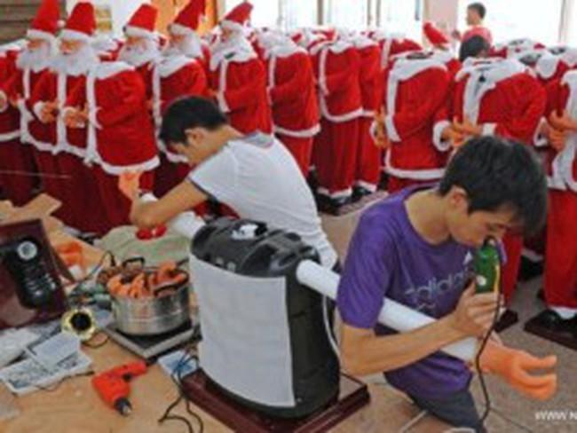 Hàng xuất khẩu Trung Quốc ế ẩm mùa hàng Giáng sinh
