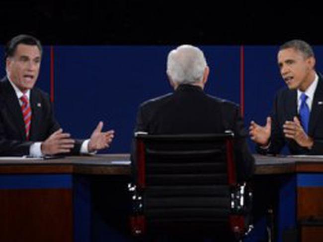 """Obama liên tục chế giễu Romney trong """"trận chiến cuối cùng"""""""