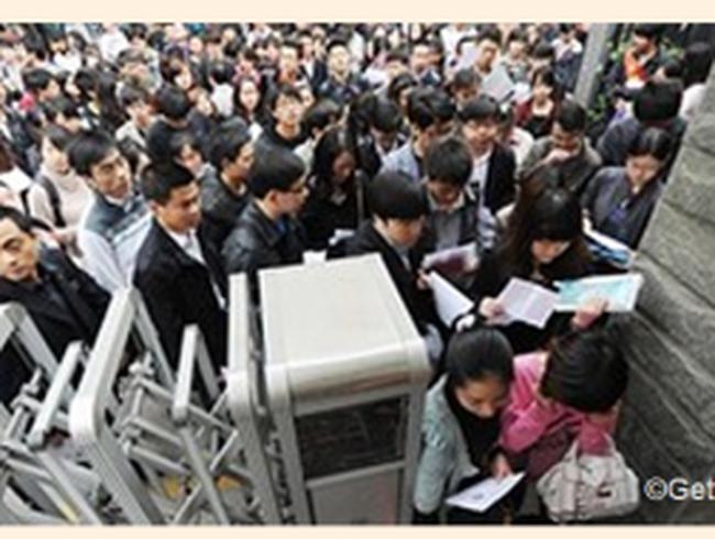 Cơn sốt làm việc trong cơ quan nhà nước của giới trẻ Trung Quốc