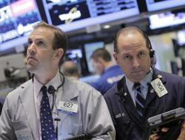 Sau báo cáo của FOMC, chứng khoán Mỹ thấp nhất 7 tuần