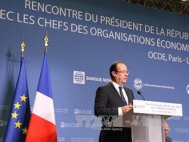 """Tổng thống Pháp bác đề xuất """"sốc"""" của giới doanh nghiệp"""