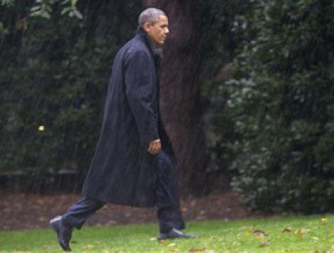 Obama được ca ngợi ứng phó tốt với bão Sandy