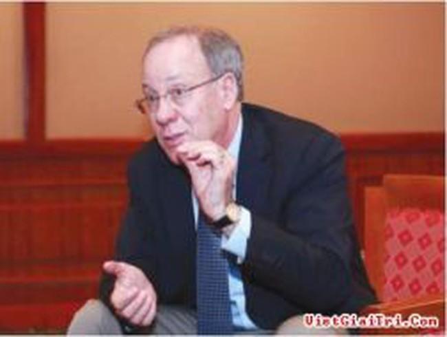 """Chủ nhân giải Nobel kinh tế 2007: Nước Mỹ nhiều khả năng tránh được """"vách đá tài khóa"""""""