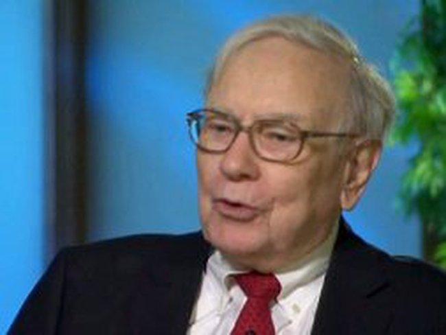 """Warren Buffett không sợ """"vách đá tài khóa"""""""
