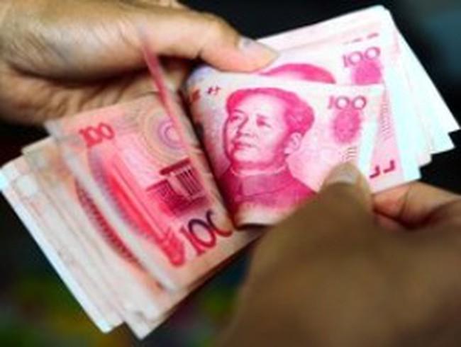 """Hệ thống tài chính Trung Quốc trước """"cơn sóng ngầm"""" tín dụng đen"""