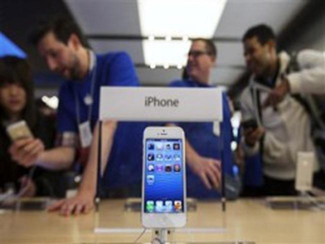 """iPhone 5 giúp Apple trở lại """"ngôi vương"""" tại Mỹ"""
