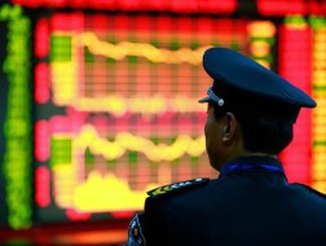 """TTCK Trung Quốc : """"Mây đen"""" chưa thể tan"""