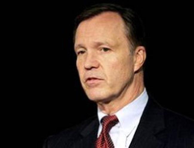 Cựu Chủ tịch UBCK Hoa Kỳ: Nước Mỹ nợ tới hơn 100 nghìn tỷ USD!