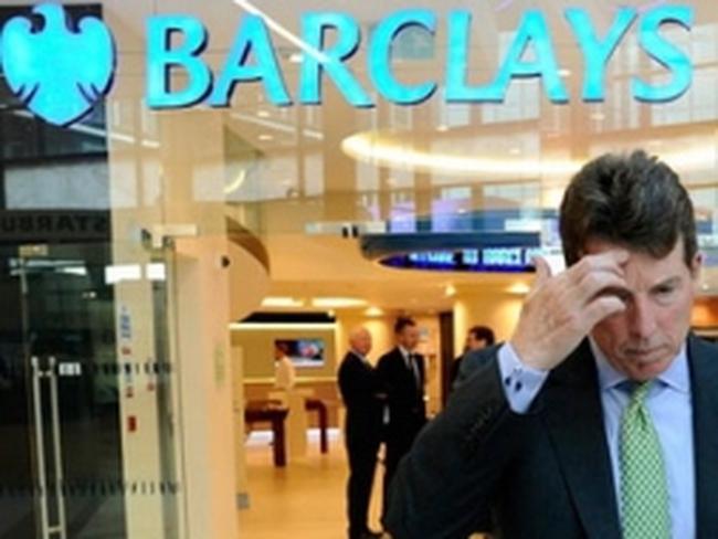 Lợi nhuận từ giao dịch tiền tệ của các ngân hàng toàn cầu giảm mạnh