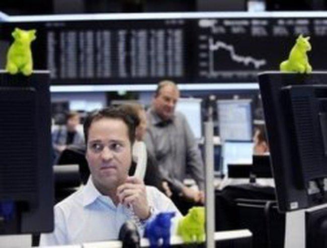 """Phố Wall """"đuối sức"""" trước niềm lạc quan từ động thái của Fed"""