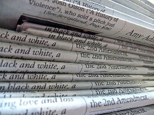 """""""Cuộc phiêu lưu"""" của ngành báo"""