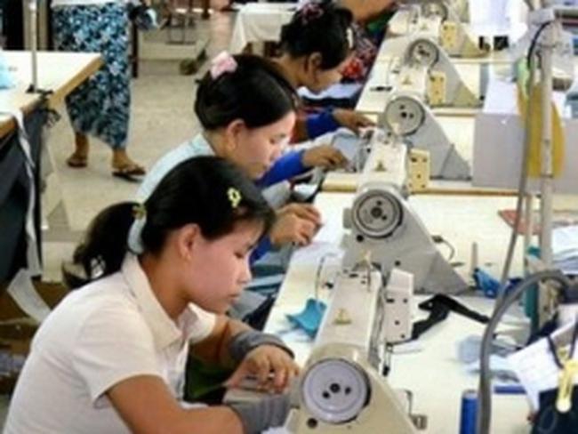 Hơn 100 doanh nghiệp tham gia hội chợ dệt may tại Myanmar