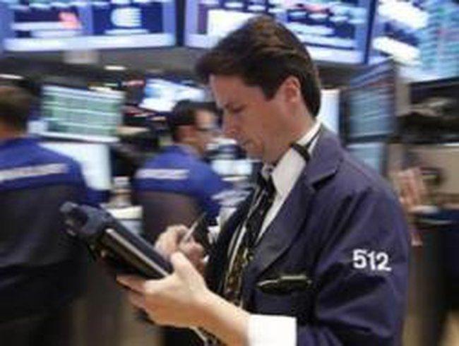 Cổ phiếu Apple dập tắt đà tăng của phố Wall