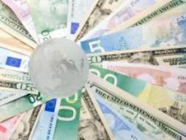 """Chiến tranh tiền tệ nổ ra, quốc gia nào sẽ """"đổ máu""""?"""