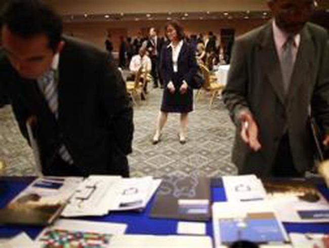 Mỹ: Số đơn xin trợ cấp thất nghiệp tăng lần đầu tiên trong 5 tuần