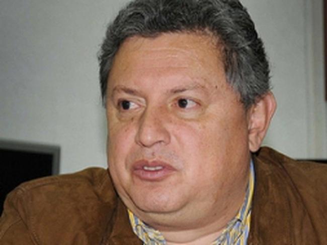Chủ tịch Ngân hàng Trung ương Ecuador từ chức vì bằng giả