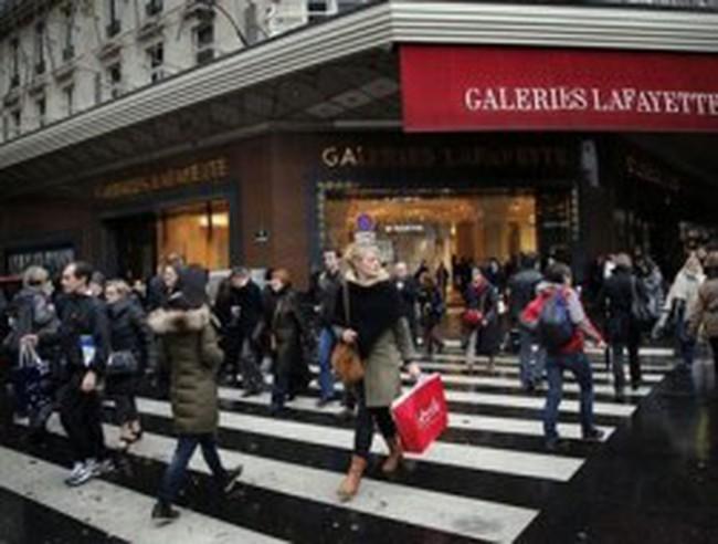 """Châu Âu: Giáng sinh """"thất thu"""" vì khủng hoảng kinh tế"""