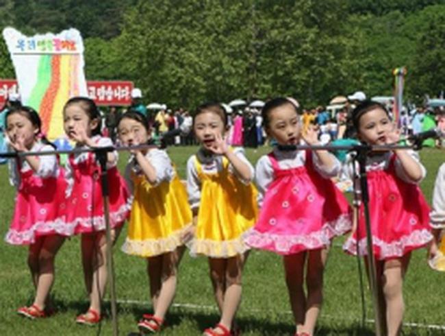Người Mỹ sắp được nhận con nuôi Triều Tiên