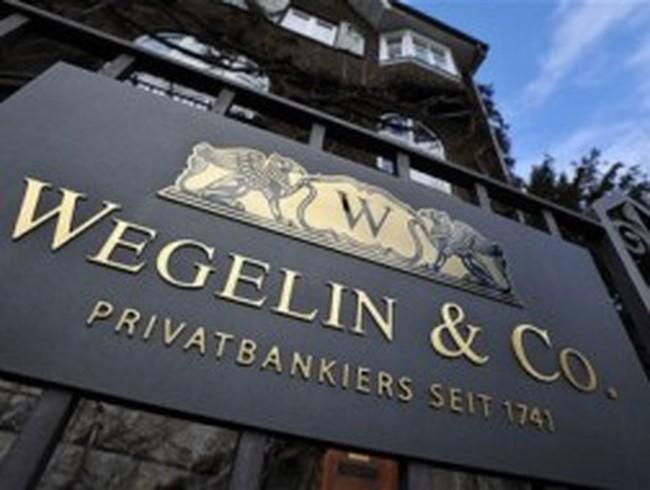 Ngân hàng lâu đời nhất Thụy Sỹ đóng cửa sau án phạt của Mỹ