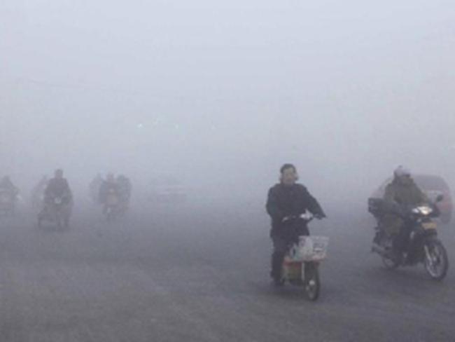 Giao thông tại Trung Quốc rối loạn vì sương mù ô nhiễm