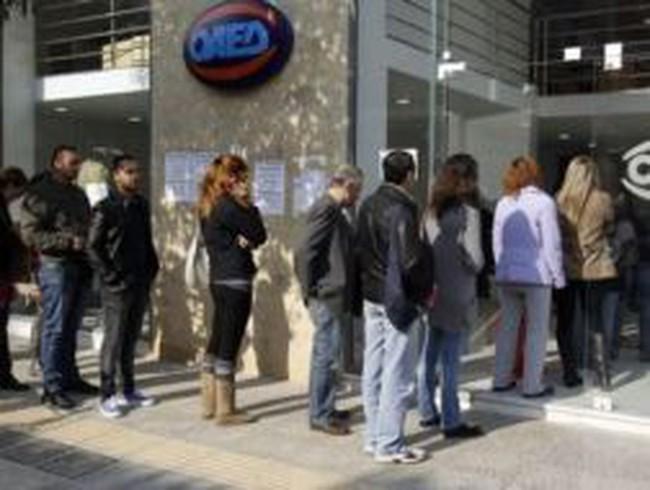 Hy Lạp: Giới trẻ ồ ạt ra nước ngoài tìm việc
