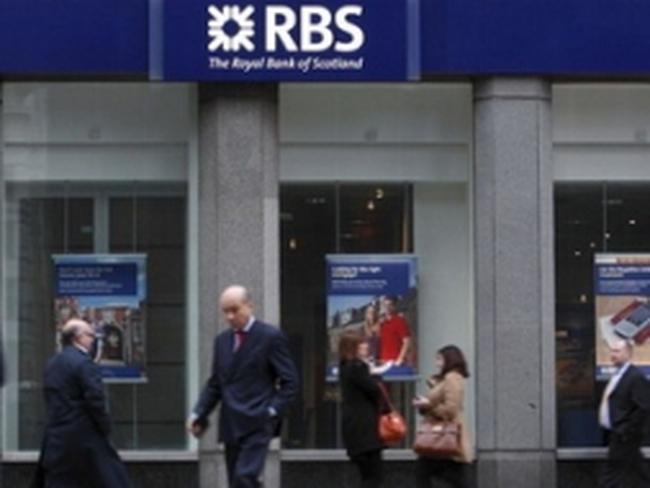 Anh cảnh báo giải tán các ngân hàng coi thường luật