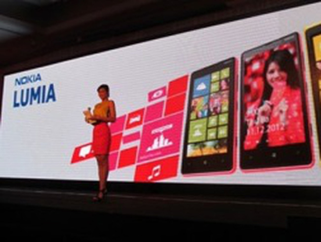 """Nokia và cái giá cho việc """"ngủ quên trên chiến thắng"""""""
